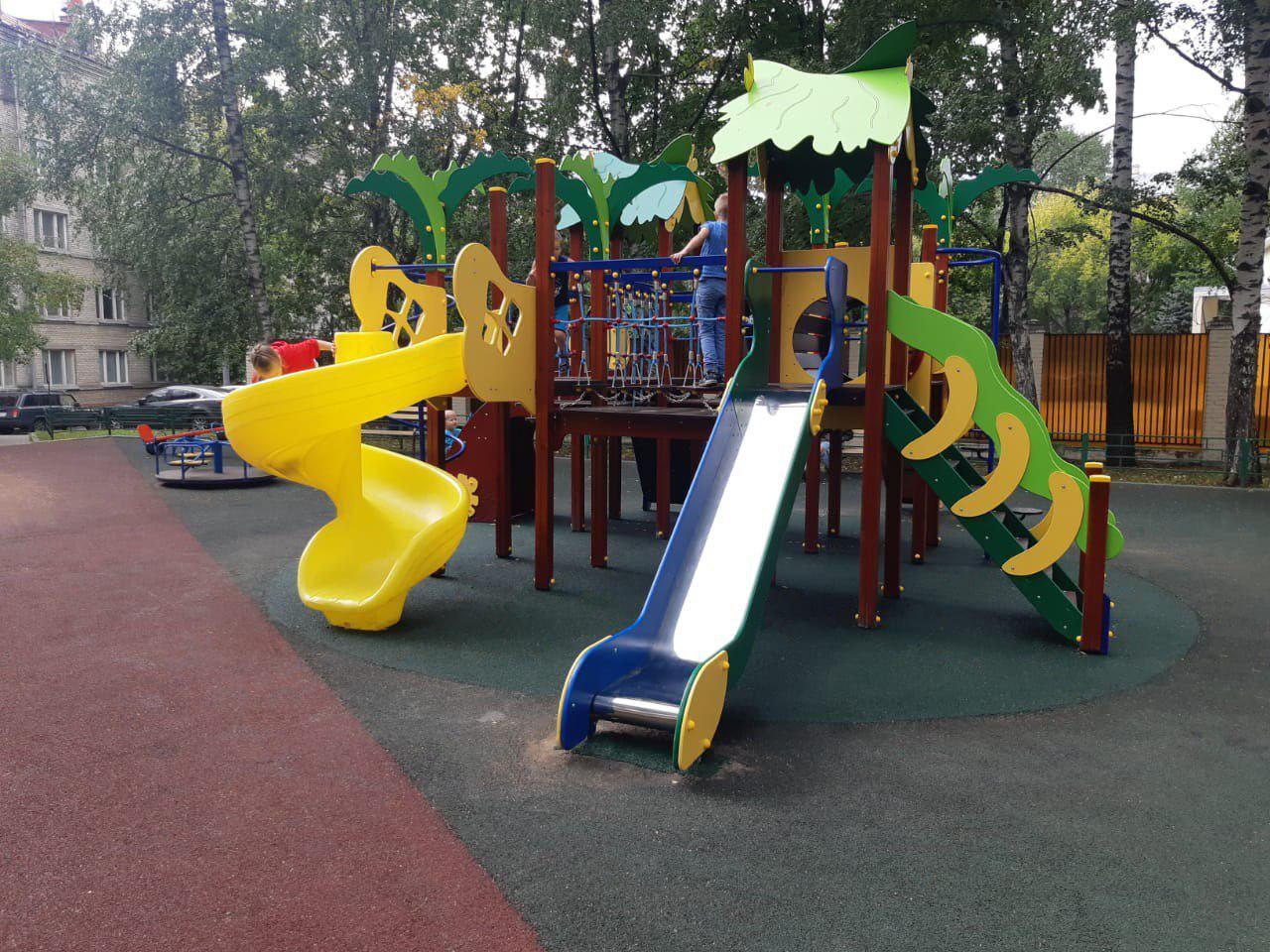 Череда праздников ждёт малышей Сокола в связи с открытием детских площадок